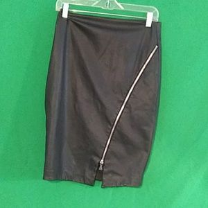 Express faux leather zipper skirt sz 6
